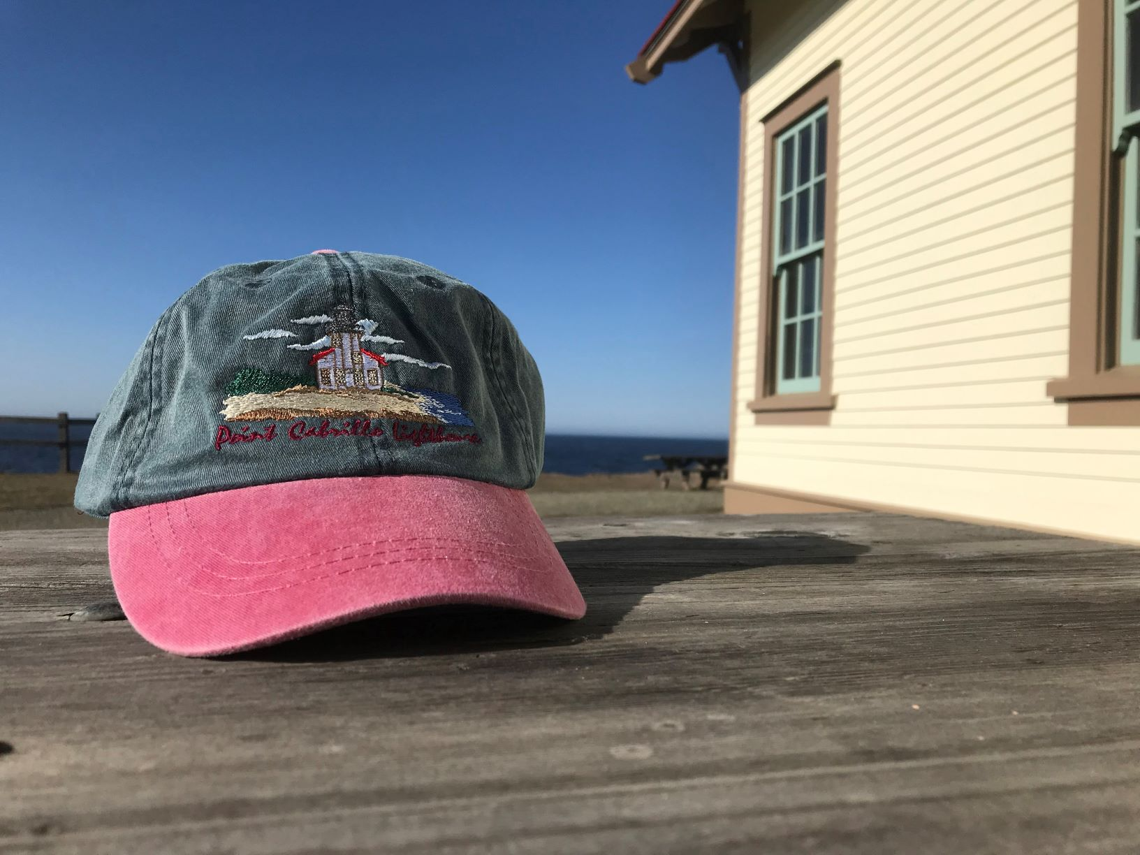 lighthouse-baseball-caps